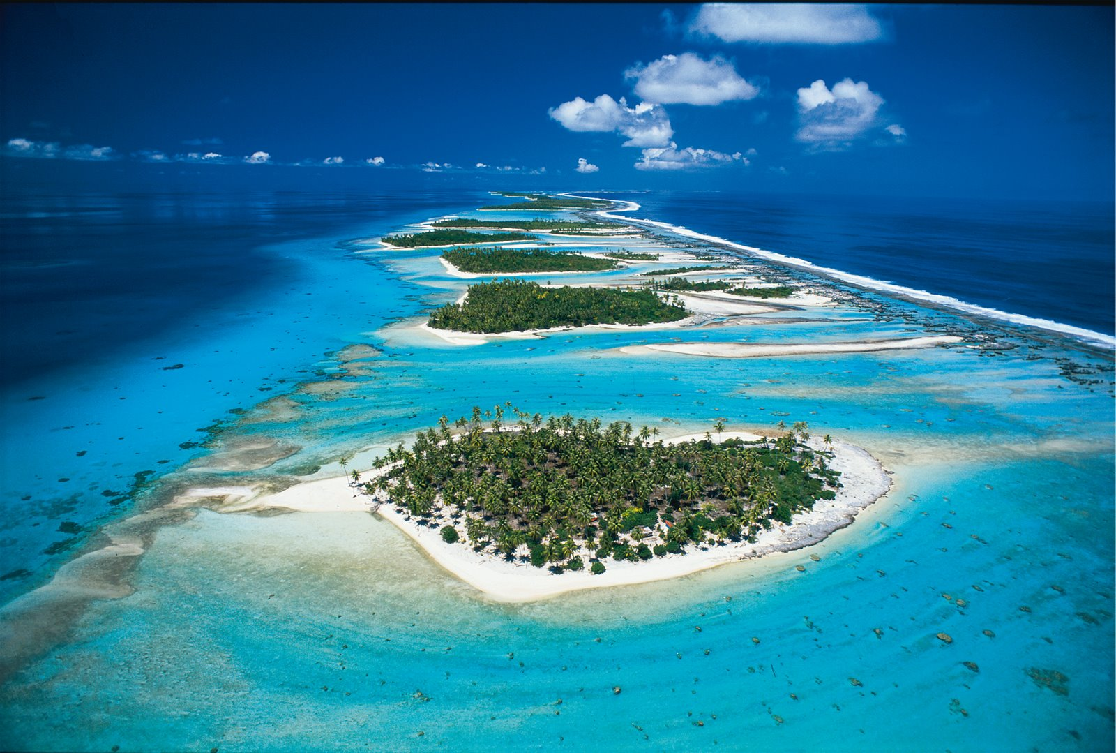 Rangiroa French Polynesia  city pictures gallery : Tahiti is the largest island in the Windward group of French Polynesia ...
