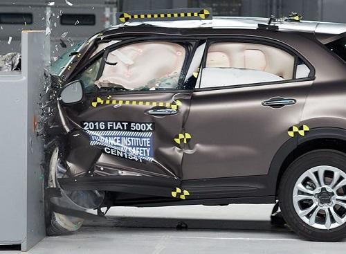 2016 Fiat 500X IIHS Crash Test