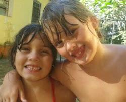 Eduarda e Carolina, minhas princesas...