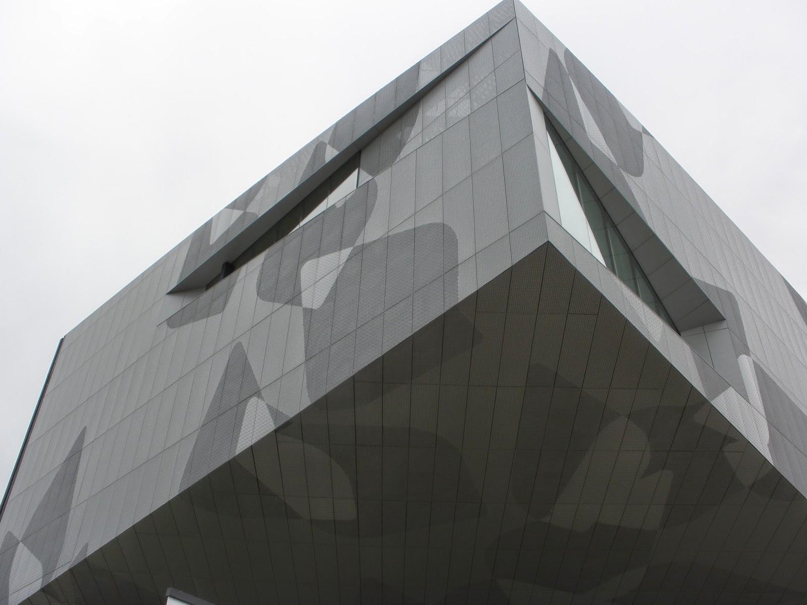 Fachada CaixaForum Zaragoza