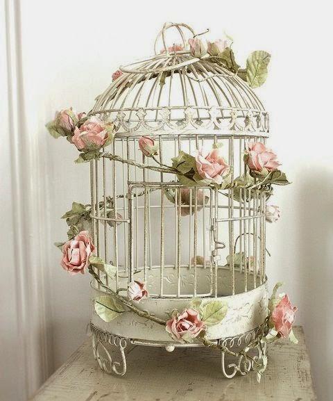 Jaulas Para Decoracion Vintage ~ jaula de p?jaros en ?l  Esta jaula se ha decorado con una tira de