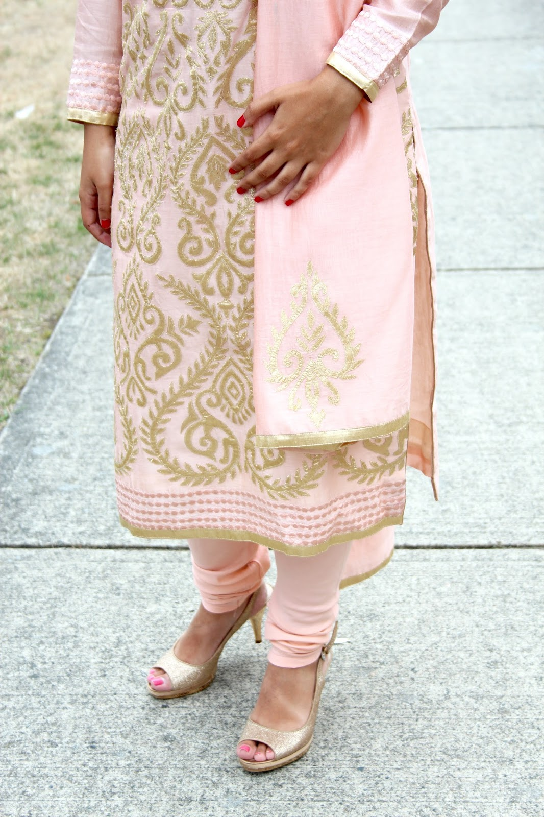 pale pink and gold punjabi suit