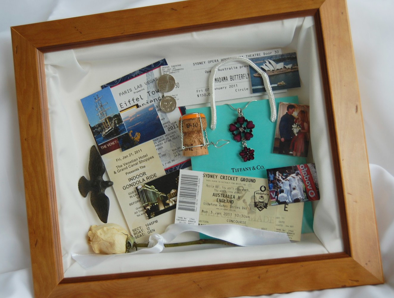 THE WEDDING BLOG DESIGNER: BESPOKE MEMORY BOXES
