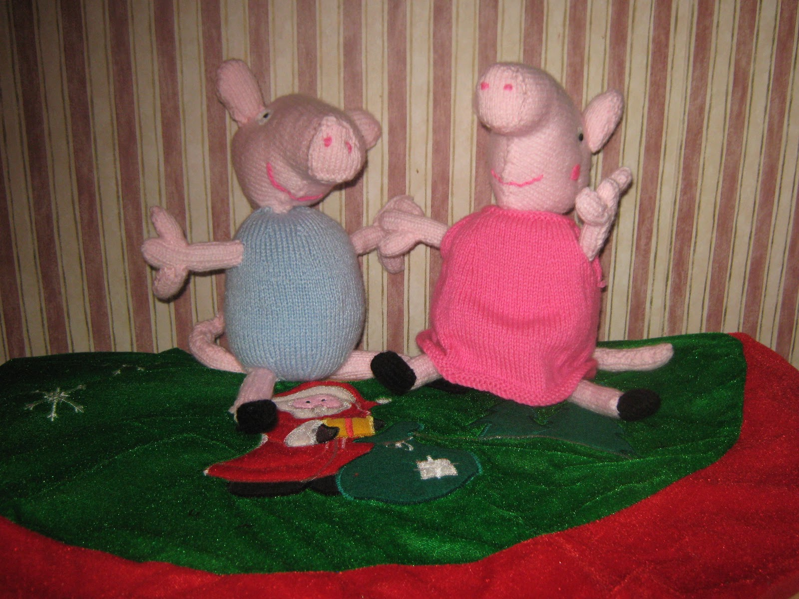 Peppa Pig Knitting Patterns : Knitting to Stay Slim: Peppa Pig & George