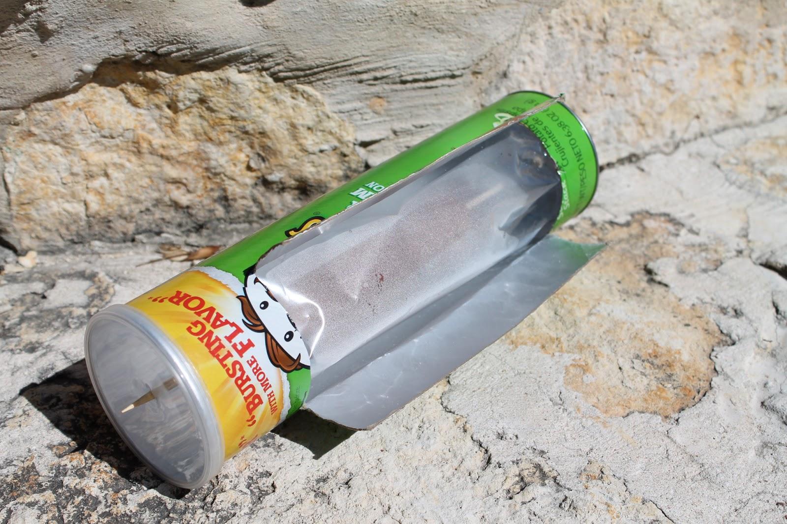Solar Hot Dog Cooker Pringles Can