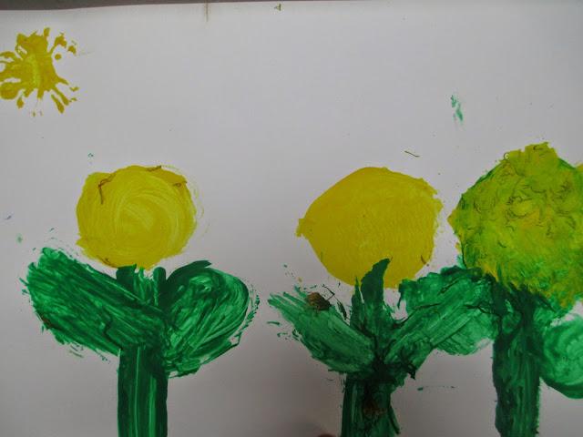 Frühlingsbilder mit Kindern gestalten