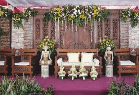 rias pengantin ayupangrukti: dekorasi pelaminan rias