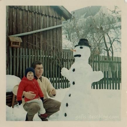 Schneemann bauen mit Papa
