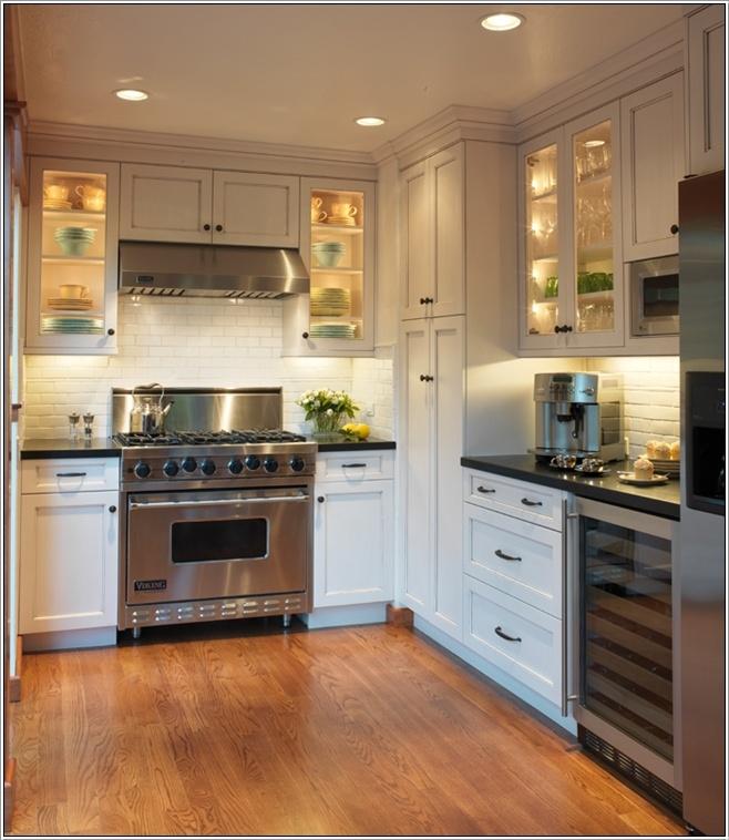 Eclairage sous l 39 armoire pour une touche magique dans votre cuisine d - Eclairage de cuisine ...