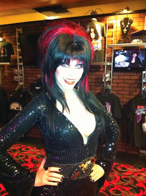 Elvira in Elvira's Boutique at Knott's Scary Farm