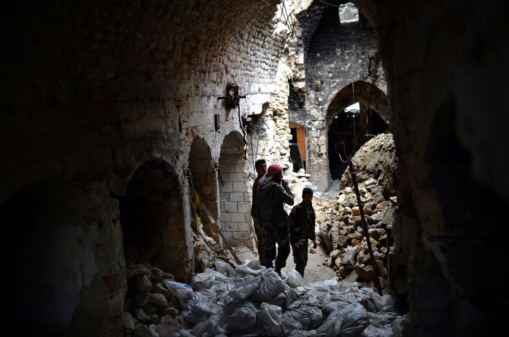 Archaeologists fight to save Syria's artifacts