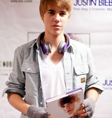 justin bieber new haircut december 2010. justin bieber haircut pictures