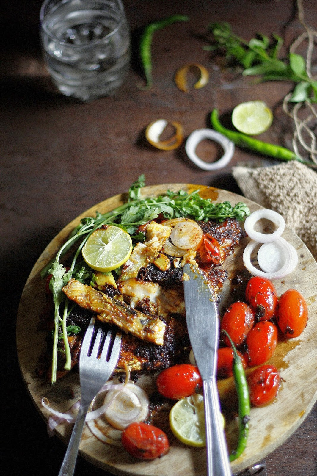 A delicious,pan fried pomfret dish made with authentic Konkani masala. Its spicy, its tangy and it smells heavenly from the curry leaves and coconut. As for the fish, think healthy ,low oil fish that's crispy on the outside and wonderfully succulent inside. Perfection!!!