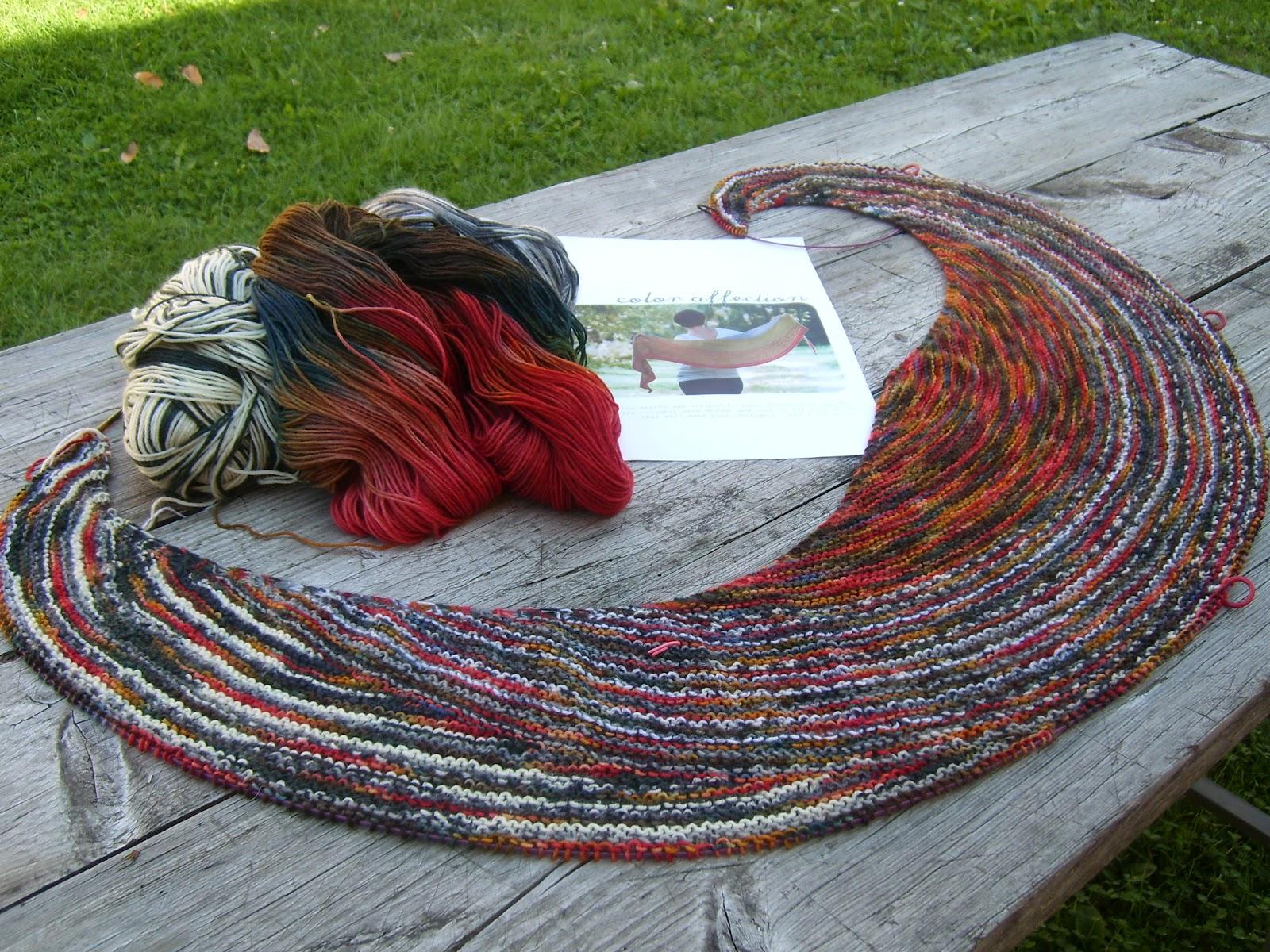 Bockfilz happy knitting short row shawl happy knitting short row shawl bankloansurffo Images