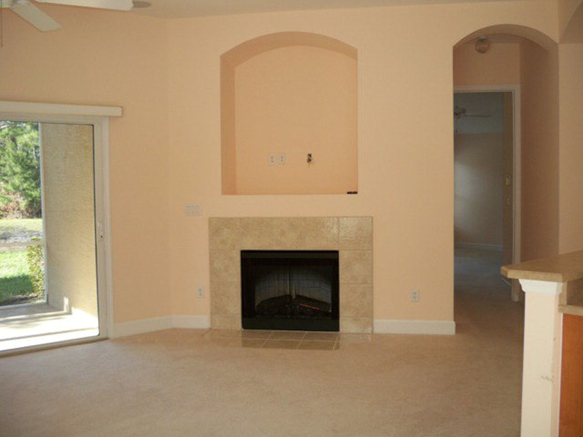 Peach Living Room September 2012 Just One Donna