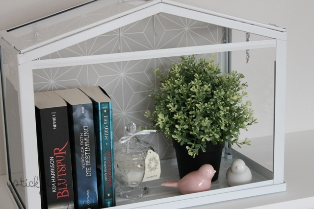 b cher im gew chshaus kata. Black Bedroom Furniture Sets. Home Design Ideas