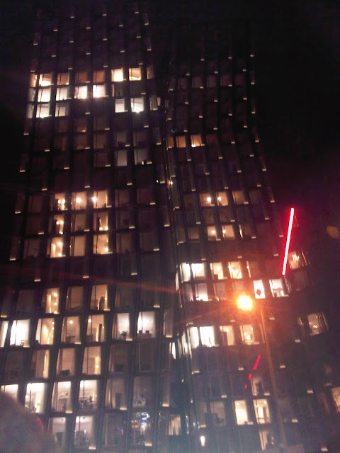Tanzende Türme bei Nacht - Kiez - St. Pauli - Hamburg