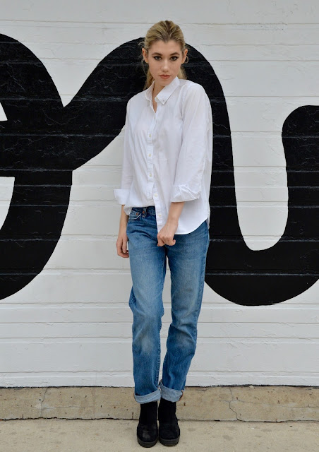 fall fashion, boy friend jeans, denim, oxford, simple outfit, style, button up
