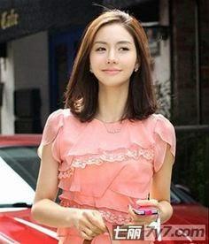 Foto model potongan gaya rambut ikat pendek ala artis korea girl