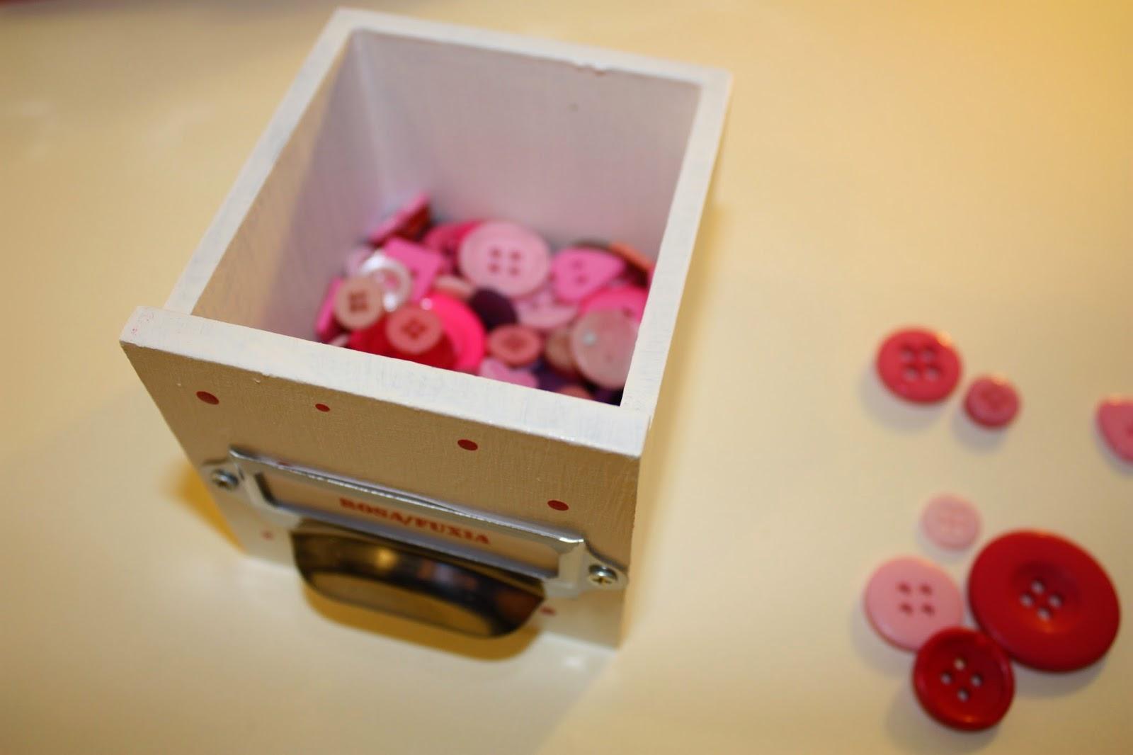 Believe riordinare i bottoni - Ikea tappeto bottoni ...