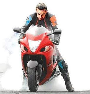 Amir Khan First Look in Dhoom 3 Movie