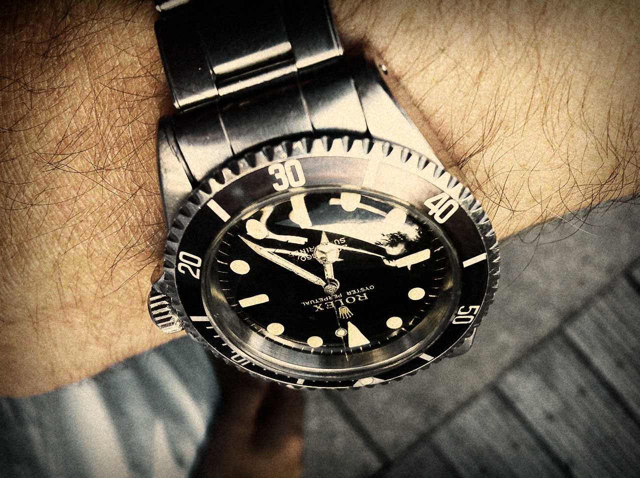 how to become a rolex salesman