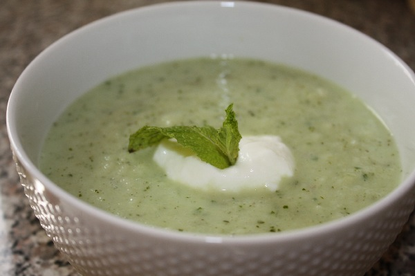 jilleduffy: Recipe: Chilled Cucumber and Yogurt Soup