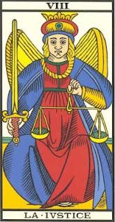 Arcano 8: a Justiça, carta do tarô, tarot, baralho de marselha