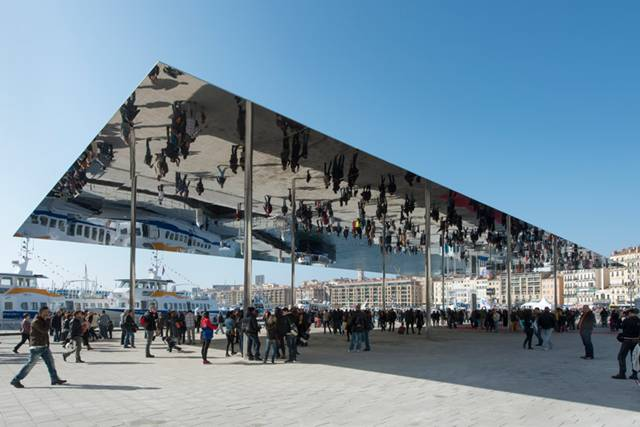 Foster + Partner's re-imagining of the World Heritage-listed harbour at Marseilles, France has been officially unveiled. Opened by the President of Marseille Provence Métropole, Eugène Caselli, and the Mayor of Marseille, Jean-Claude Gaudin on 2 March, the new Vieux Port events pavilion has been built to celebrate the French city's year as the European Capital of Culture.