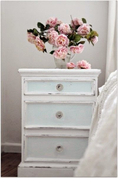keep calm and diy 75 of the best shabby chic home. Black Bedroom Furniture Sets. Home Design Ideas