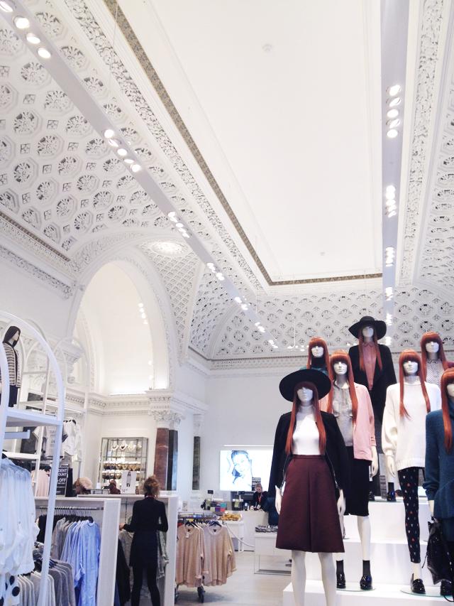 H&M, flagship store, dublin, ireland, retail design, minimal