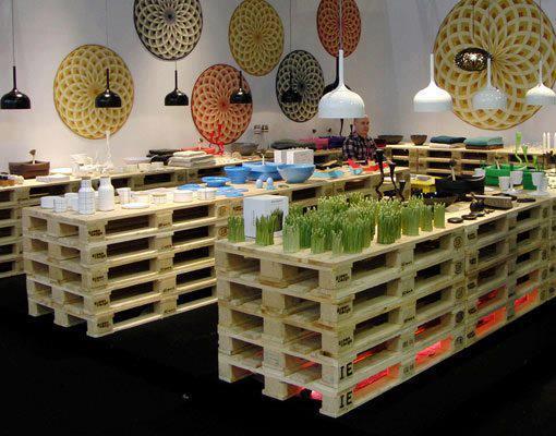 Izi designing meubles pour la maison en palette for Divan exterieur palette