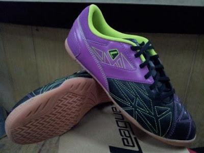 Gioro 2 flakes 105502 097w 199 Sepatu Futsal League Terbaru