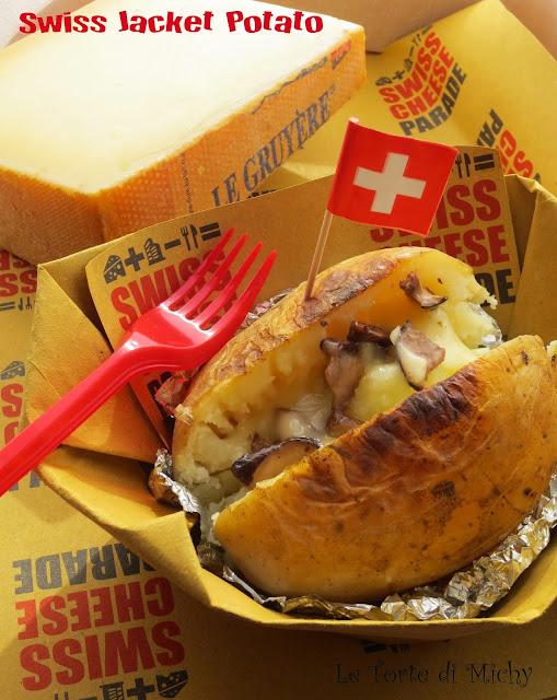 swiss jacket potato: patata in giacca con gruyère e funghi porcini