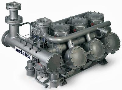 Metalex compressor model MX900 and standard accessories.