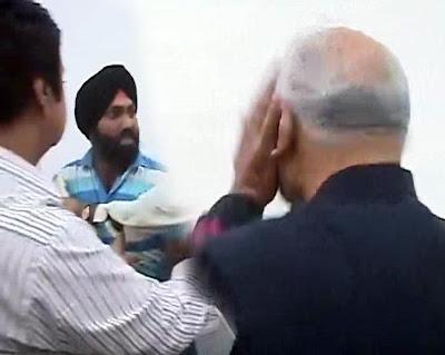 சரத்பவார் வாங்கிய அடியும், அன்னா ஹசாரேவின் கேள்வியும்!  Pawar+slapped
