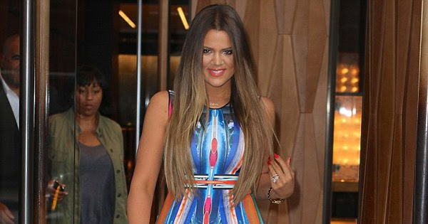 7c8bb5557e3a JanetFashionandStyles  Get a look  Khloe Kardashian s New York Clover  Canyon Long Board Printed Stretch Bodycon Dress
