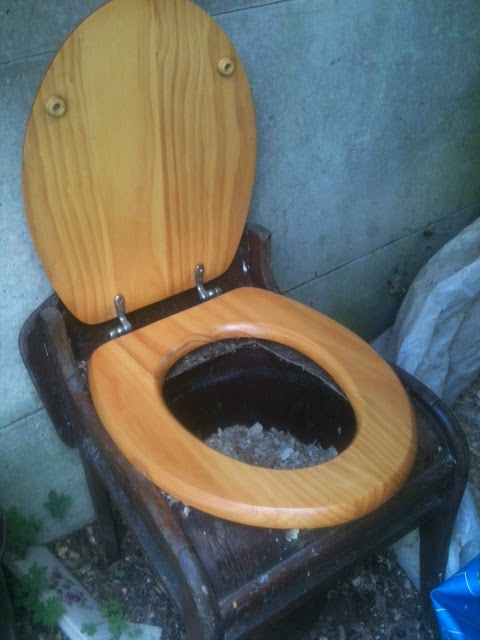 oude wc pot