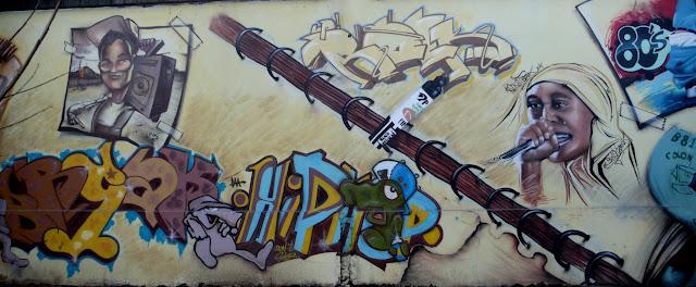 graffiti street art in santiago de chile