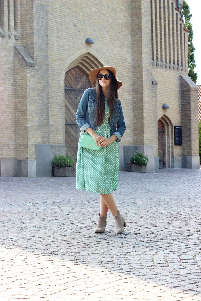 Mint green midi dress outfit