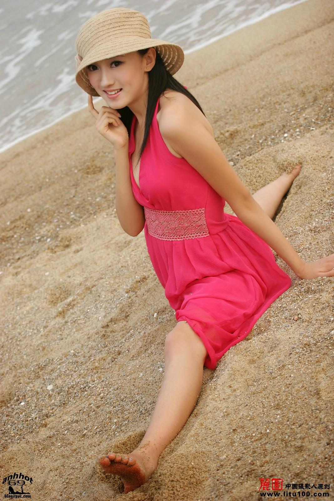 litu-200600819-zhang-tian-yi-sea_IMG_7066