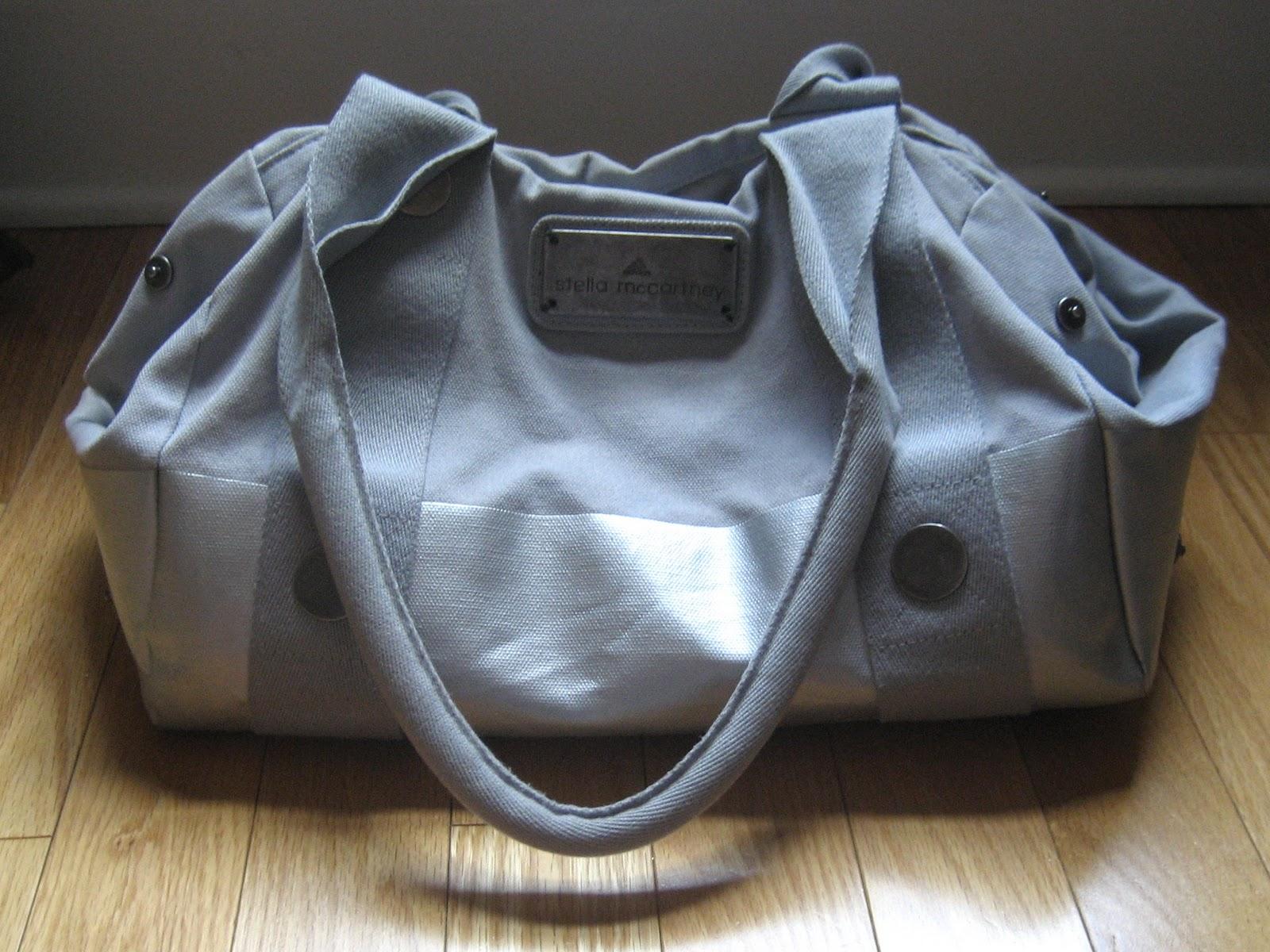 http://4.bp.blogspot.com/-JJ3oS05R7C8/TZPp83s0qpI/AAAAAAAAAVk/f3nhIdf1WKQ/s1600/purse.jpg