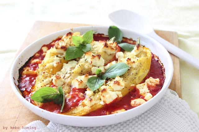 Wunderbare Cornelio Paprika (Peperoni), gefüllt mit Polenta Valsugana und überbacken mit aromatischen Fetakäse, Fotografie und Styling by kebo homing, dem Südtiroler Food- und Lifestyleblog