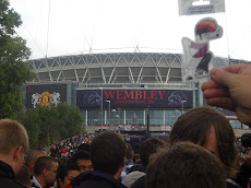 El catganer abans d'entrar a Wembley.