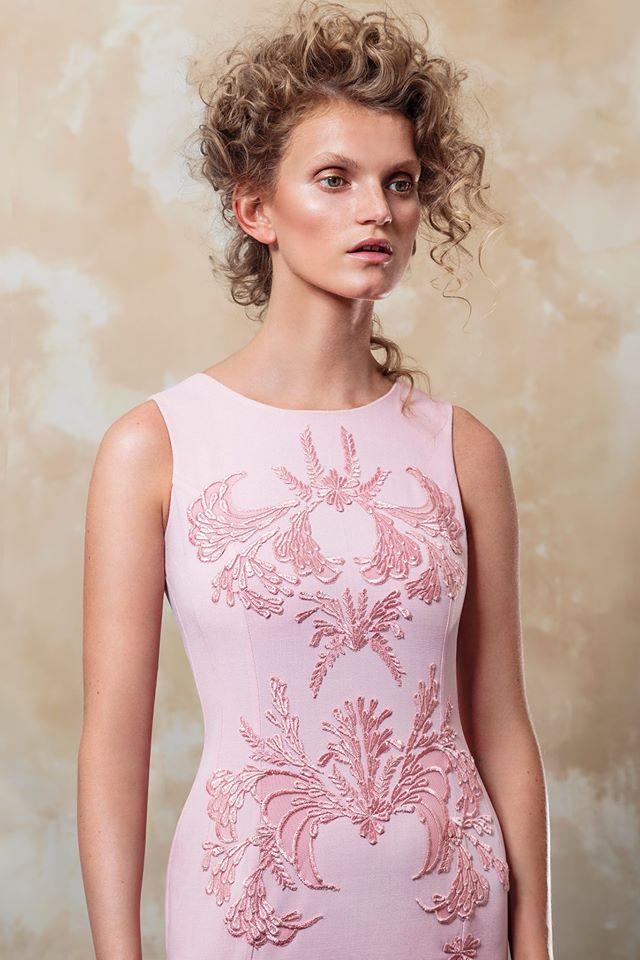 Ricardo Cona: vestuario para mujeres elegantes con un toque de ...