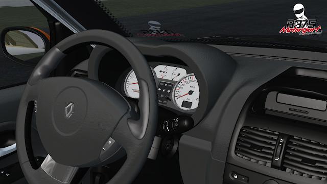 interior del coche clio