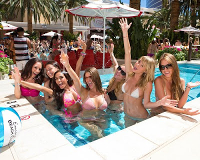 Sara Underwood, Sara Underwood bikini, Sara Underwood Bikini party, Las Vegas, las vegas hostel cheap, Las Vegas luxury hotels, luxury hotels, Las Vegas Travel vip, Las Vegas Casino club, Encore Beach Club
