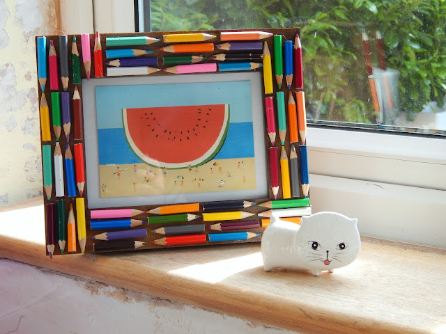 DIY Colouring Pencil Photo Frame