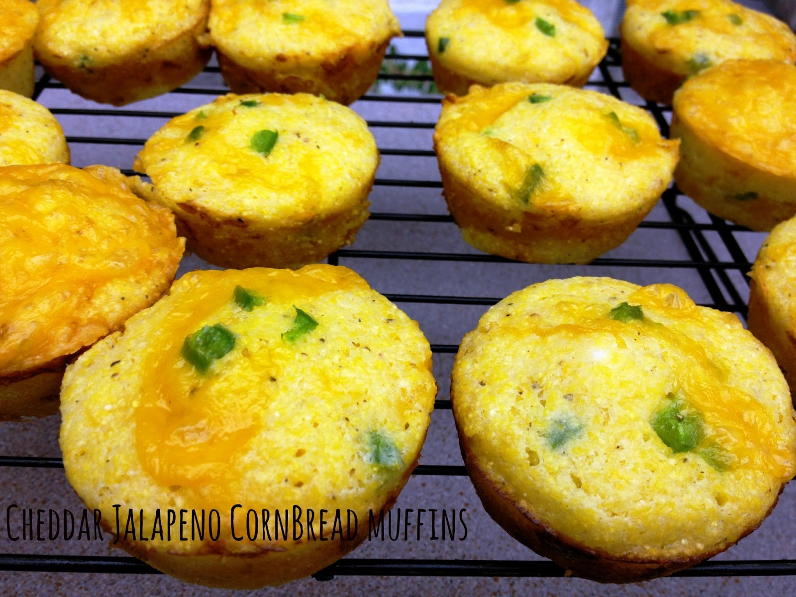 Cooking Quidnunc: Cheddar Jalapeno Cornbread Muffins