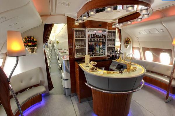 Luxury life design peak inside the emirates a380 for First class 8 interieur